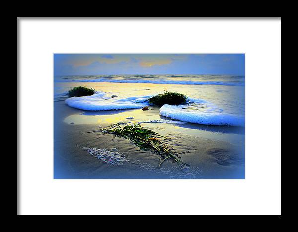 Grandview Framed Print featuring the photograph Seafoam by Katherine Kearney