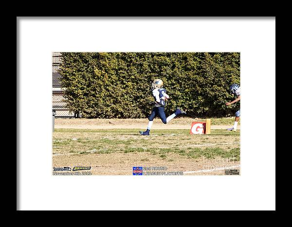 Framed Print featuring the photograph Seahawks Vs Bruins 8085 by Notah Studios
