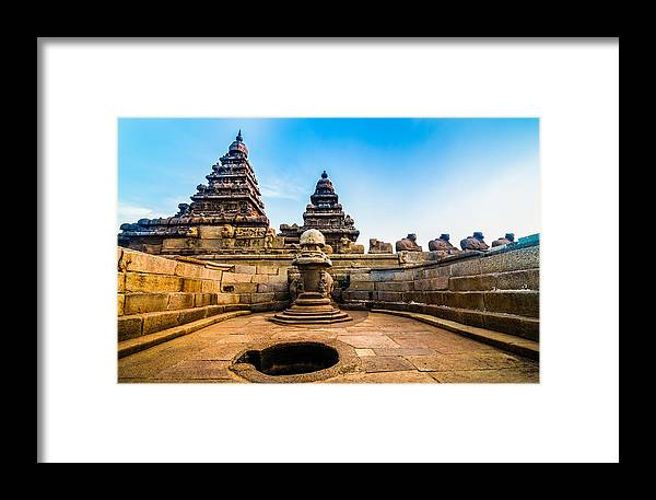 Architecture Framed Print featuring the photograph Seashore Temple by Aravind Arivalagan