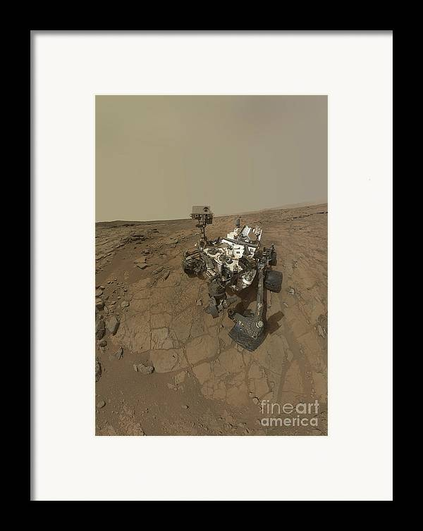 Vertical Framed Print featuring the photograph Self-portrait Of Curiosity Rover by Stocktrek Images