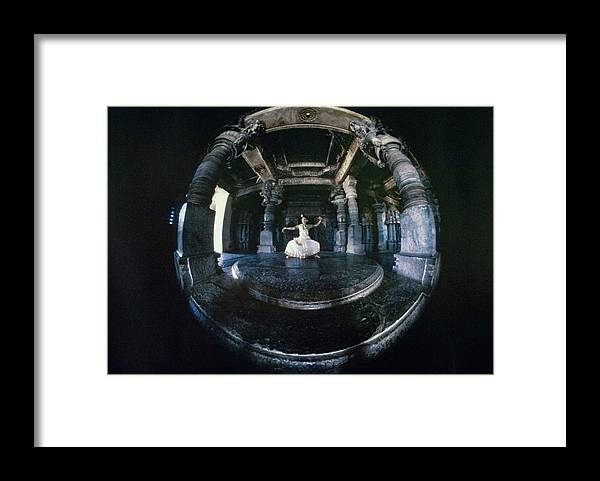Dance Framed Print featuring the photograph Shanta Rao Performing In Halebidu Temple by Arnaud de Rosnay
