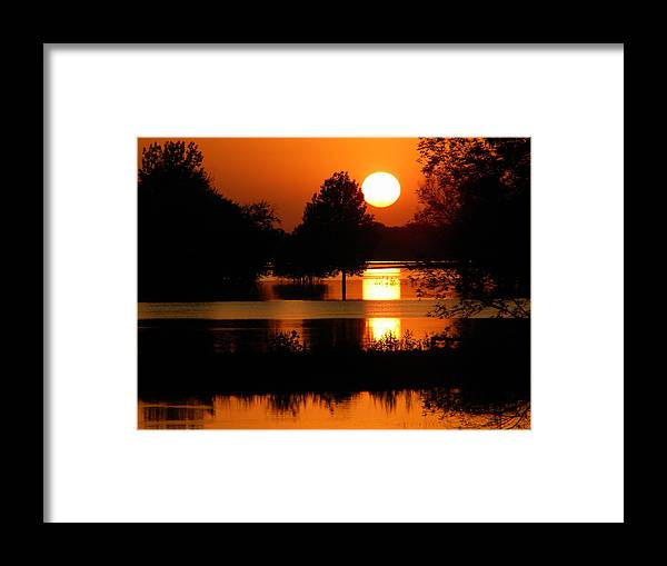 Sunset Framed Print featuring the photograph Spoon River Sunset by Helen ONeal