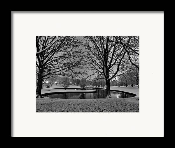 Jefferson National Expansion Memorial Framed Print featuring the photograph St. Louis - Winter At The Arch 001 by Lance Vaughn