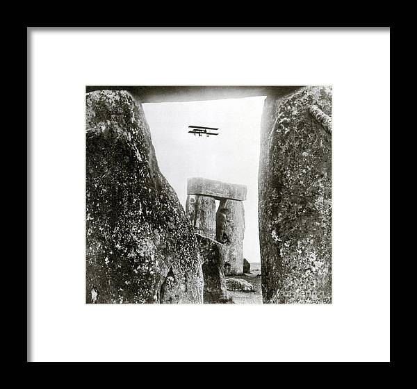 Archeology Framed Print featuring the photograph Stonehenge 1914 by Science Source
