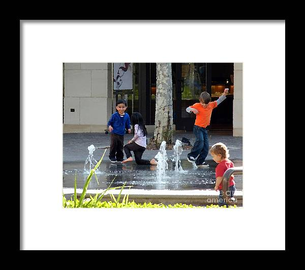 Celebration Framed Print featuring the photograph Summer Fun by Leo Sopicki