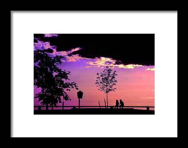 Lovers Framed Print featuring the photograph Summer Romance by Mike Flynn