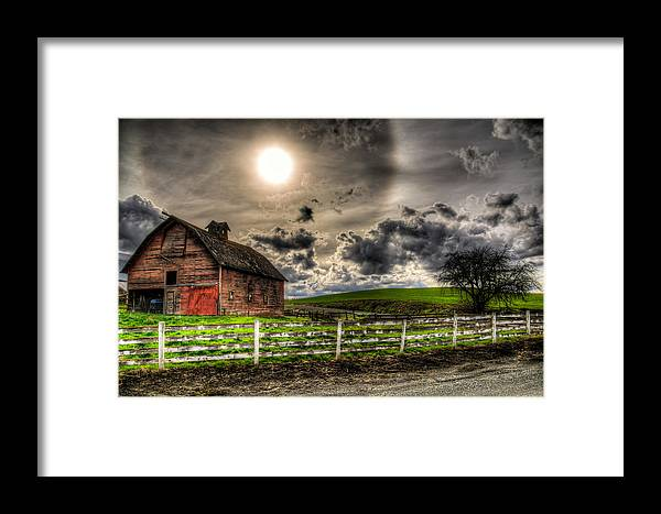 Old Barn Framed Print featuring the photograph Sun Gazing Upon An Old Barn by Derek Haller