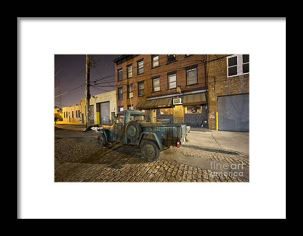 Brooklyn Framed Print featuring the photograph Sunny's Bar by Leslie Leda