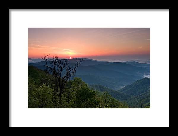Sunrise Framed Print featuring the photograph Sunrise Along The Blue Ridge by Daniel Burleson