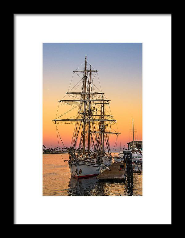 Ship Framed Print featuring the photograph Sunset At San Pedro by Francisco Canet