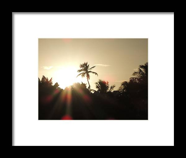 Miami Framed Print featuring the photograph Sunset by Ernesto Fernandez