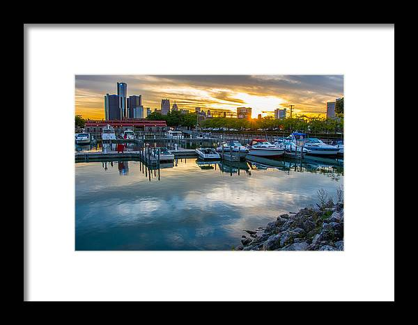Detroit Framed Print featuring the photograph Sunset In Detroit by Pravin Sitaraman