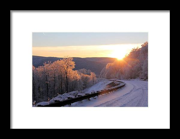 Sunset Framed Print featuring the photograph Sunset on the Scenic Highway by Carolyn Postelwait
