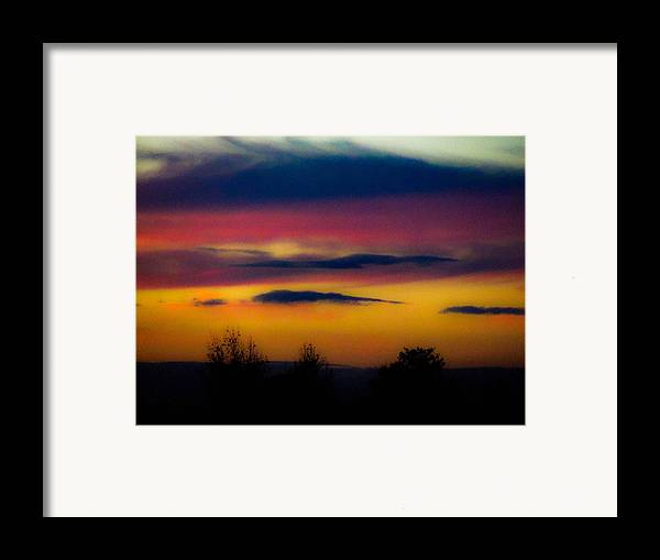 Sunsets Framed Print featuring the photograph Sunset Serenity by Joe Bledsoe