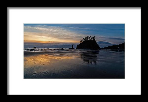 Pacific Framed Print featuring the photograph Sunset Tide by Mike Reid