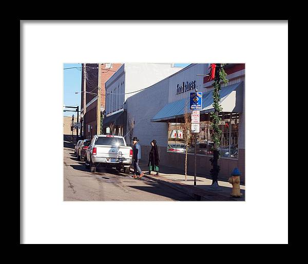 Amish Framed Print featuring the photograph Swartzentruber Amish by R A W M