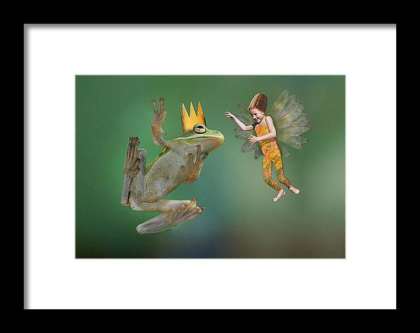 Frog Framed Print featuring the photograph Talking With The Frog King by Buddy Mays