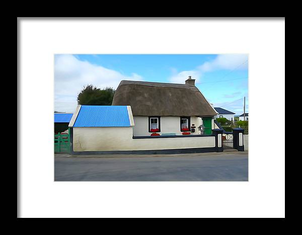Roof Framed Print featuring the photograph Thatched by Charlie and Norma Brock