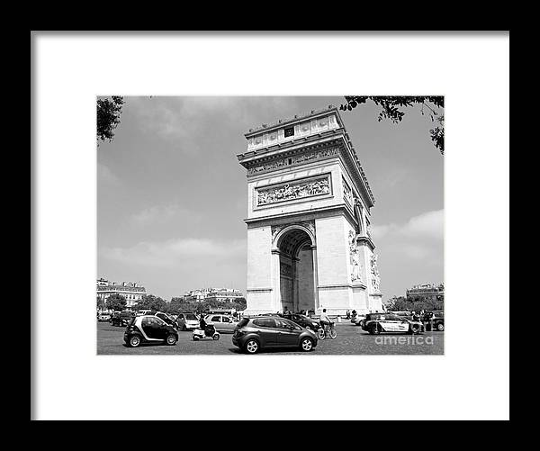 Traffic Framed Print featuring the photograph The Etoile by Alex Cassels
