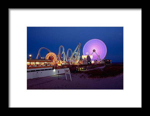 Amusement Park Framed Print featuring the photograph The Giant Wheel At Night by George Oze