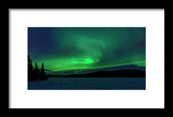 Snow Framed Print featuring the photograph The Green Light Of The Aurora by Dave Moorhouse