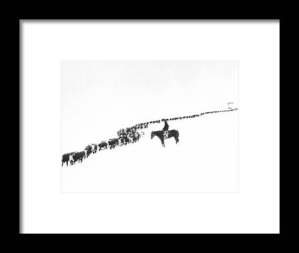1920s Framed Print featuring the photograph The Long Long Line by Underwood Archives Charles Belden