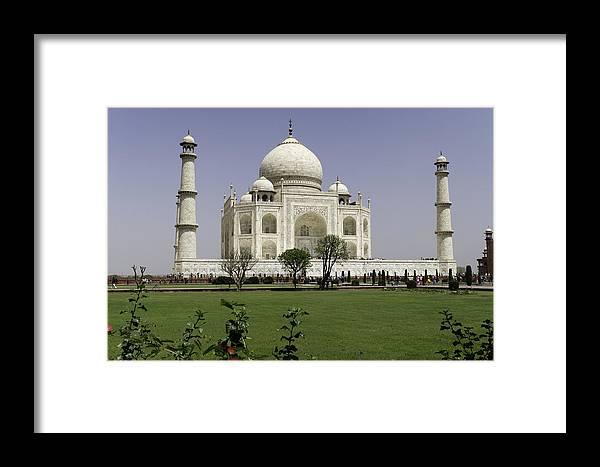The Taj Mahal Framed Print featuring the photograph The Taj Mahal In Agra. by Alan Gillam