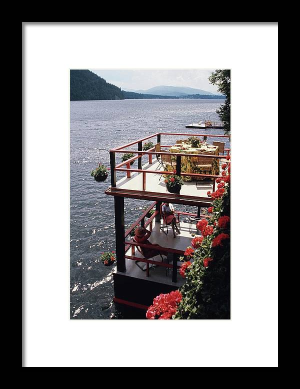 Home Framed Print featuring the photograph The Wyker's Deck by Ernst Beadle