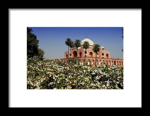 Tranquility Framed Print featuring the photograph Tomb Of Humayun by Smit Sandhir