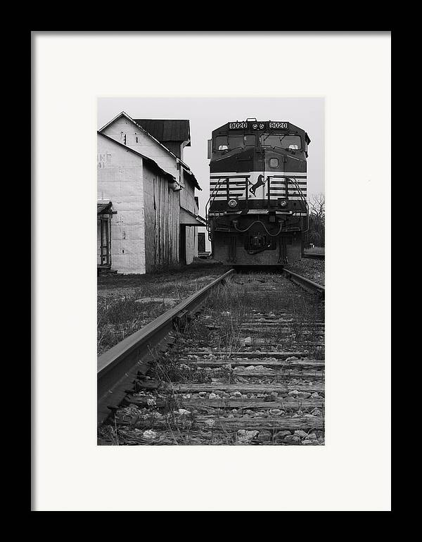 Train Framed Print featuring the photograph Train 9020 by Jerry Mann
