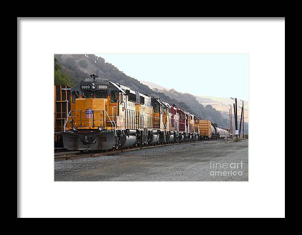 Transportation Framed Print featuring the photograph Union Pacific Locomotive Trains . 7d10563 by Wingsdomain Art and Photography