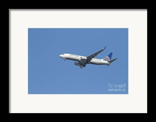 Transportation Framed Print featuring the photograph United Airlines Jet 7d21942 by Wingsdomain Art and Photography