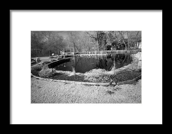 Marshfield Framed Print featuring the photograph Veterens Pond by David DeCenzo
