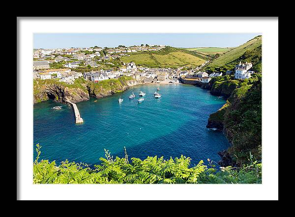 View of Port Isaac by Charlesy
