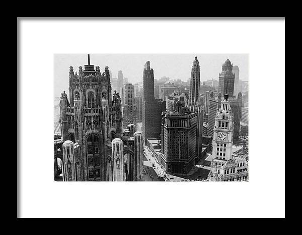 Vintage Framed Print featuring the photograph Vintage Chicago Skyline by Bob Horsch