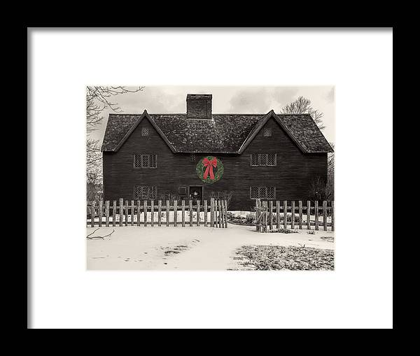 Whipple House Framed Print featuring the photograph Whipple House Christmas by David Stone