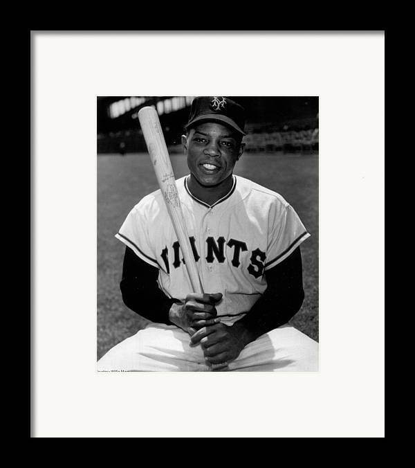 Willie Framed Print featuring the photograph Willie Mays by Gianfranco Weiss