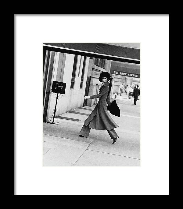 Accessories Framed Print featuring the photograph Windsor Elliot Walking Toward An Apartment by Jack Robinson