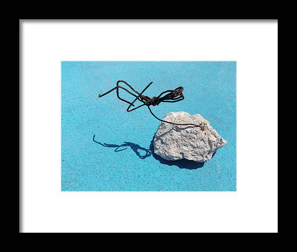 Sculpture Framed Print featuring the photograph Wire by Monte Landis