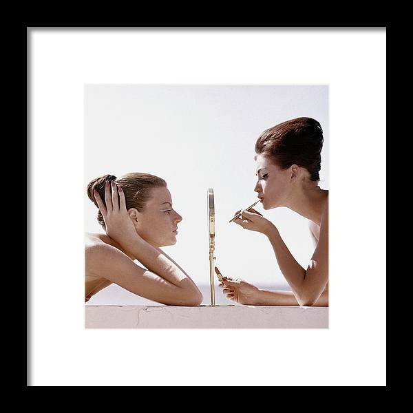 Beauty Framed Print featuring the photograph Women With A Mirror by Leombruno-Bodi