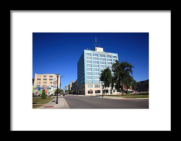 66 Framed Print featuring the photograph Springfield Missouri - Woodruff Building by Frank Romeo