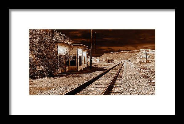 Railroad Framed Print featuring the photograph Rails West by David Lee Thompson