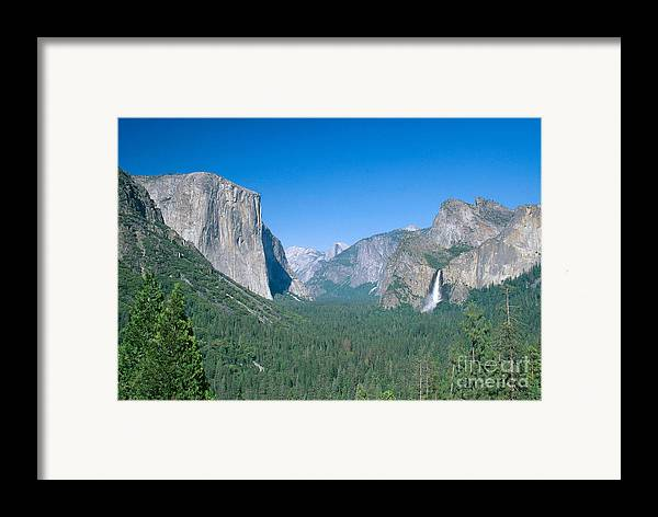 El Capitan Framed Print featuring the photograph Yosemite Valley by David Davis