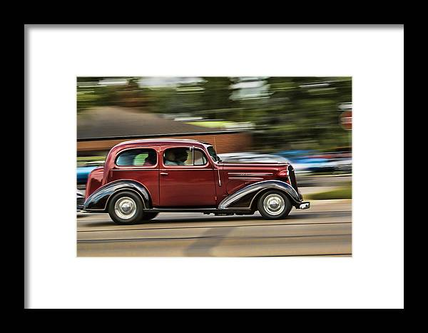 Red Framed Print featuring the photograph Zoom by Pat Eisenberger