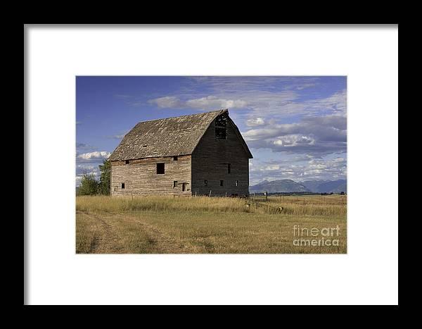Big Sky Framed Print featuring the photograph Old Big Sky Barn by Sandra Bronstein