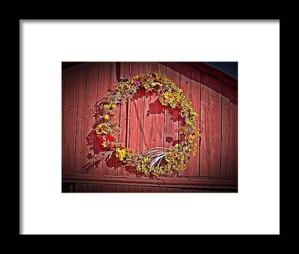 Barn Framed Print featuring the photograph Barn Wreath by Dave Dresser