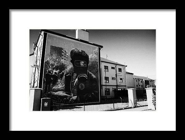 Murals Framed Print featuring the photograph Battle Of The Bogside Mural Derry by Joe Fox