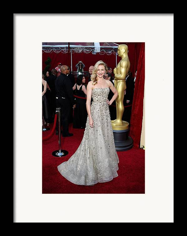 Cameron Diaz Framed Print featuring the photograph Cameron Diaz Wearing An Oscar De La by Everett