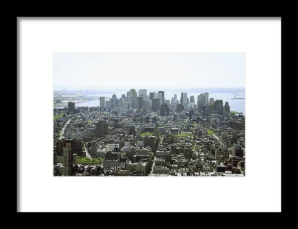Horizontal Framed Print featuring the photograph New York City, New York, United States Of America by Colleen Cahill / Design Pics