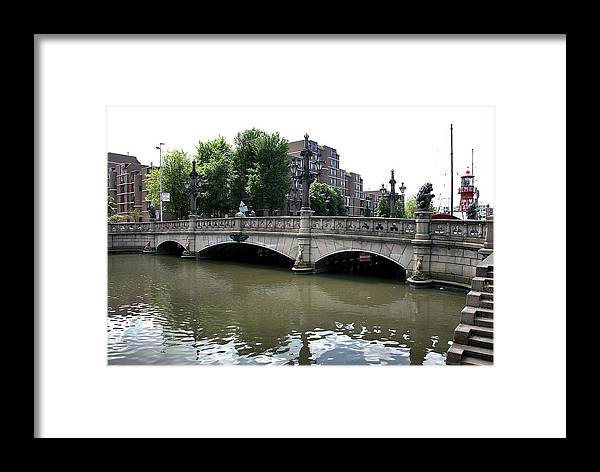 Rotterdam Framed Print featuring the photograph Regentessebrug by Steven Richman